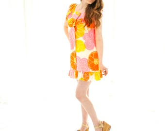 Vintage citrus mini dress, yellow orange pink floral tropical Hawaiian sleeveless summer ruffle 1960s S petite