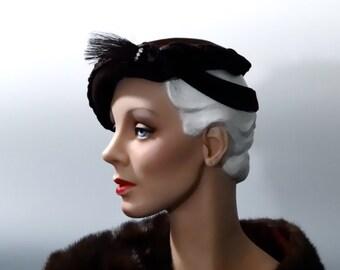 Vintage Tilt Hat Brown Felt Calot with Horsehair Feather 1940's Women's Accessories