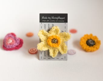Daffodil Crochet Flower Brooch with Gold Button Middle