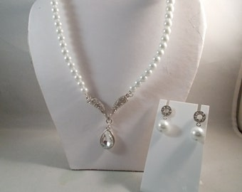 White Sea Shell Pearl Necklace with a Clear Crystal and Rhinestone Pendant and Matching Post Earrings