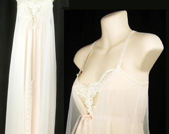 Vtg 60s-70s Boudoir Long  Sexy Pink Bridal Nightgown with lace and Ribbon Ties