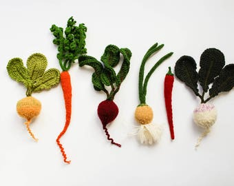 RESERVED - set of vegetables - play food vegetables - Baby photo prop soft toy - knitted vegetables green white Spring gardening