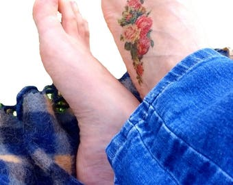 Pink Roses medium temporary tattoo /  botanical foot ankle tattoo / floral illustration temporary tattoo / vintage flowers temporary tattoo
