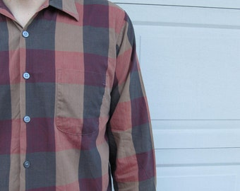 1970s mens maroon, tan, and gray checkered shirt, boxy shirt, large