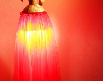 Pappmach Stehleuchte Tischleuchte Wohnzimmerlampe Designleuchte Dekor Homedecor Ambient Beleuchtung