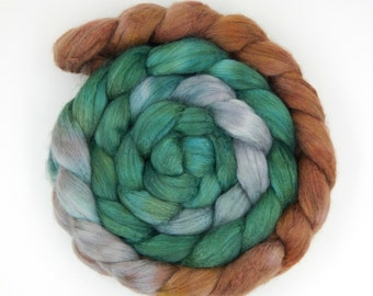 Celtic Teatime - 6.75 oz 193 g Polwarth Tussah 60/40 Handpainted Gradient Combed Top Wool and Silk Roving
