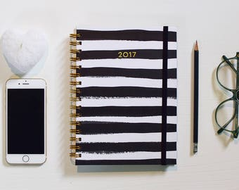 FREE SHIPPING Daily Planner 2017 | 12 Months Planner | Choose your start month | Black and white stripes with gold foil