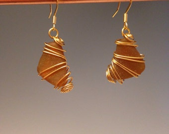 Sea Glass earrings ~ Amber beach glass earrings ~ Wire wrapped earrings ~ gold wire ~ sea glass jewelry ~ amber sea glass ~ Sea Amber