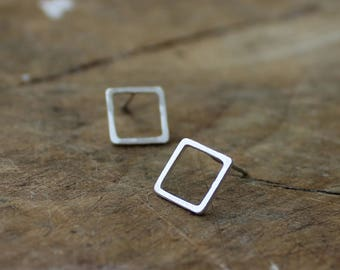 Silver square earrings handmade stud earrings sterling silver squared studs - AME D'ARGENT