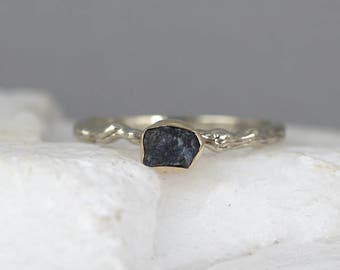 Blue Sapphire Twig Ring - 14K White & Yellow Gold Branch Rings - Uncut Rough Raw Sapphire Rings - Tree Branch Engagement Ring Made in Canada