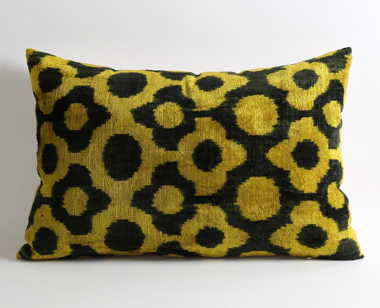 Throw Pillows Ikat : Ikat Pillows Couch Sofa Pillows Decorative Throw Pillow