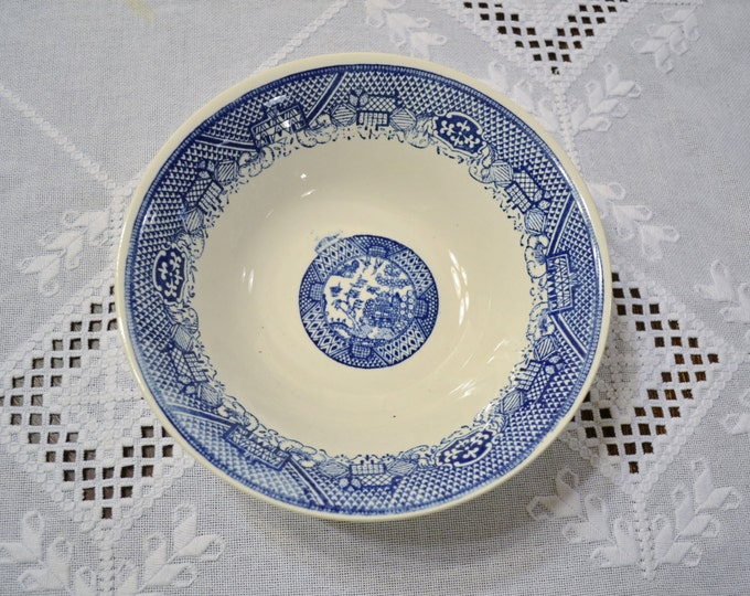 Vintage Blue Willow Serving Bowl Round Royal China USA Replacement Willow Ware PanchosPorch