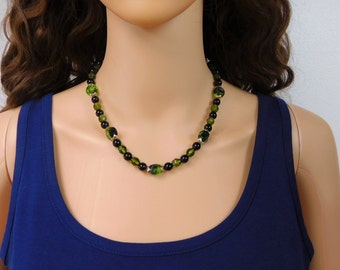 Avocado Green Beaded Necklace Olive Green Black Bead Necklace Vintage Dark Green Beaded Necklace Jewelry