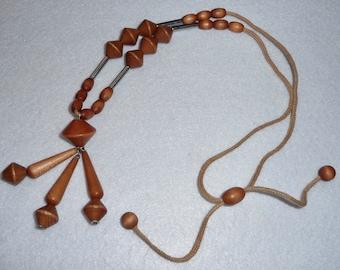 K. Aarikka (Finland). Necklace. Vintage.