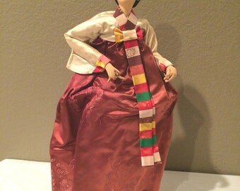 """Vintage Chin's Import  Korean  Cloth Face Doll 19"""" on Wood Stand  Bouffant Hair =BEAUTIFUL!!!RARE"""