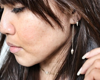 Dainty Arrowhead Threader Earrings | Gold