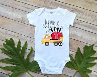 Aunt shirt, My Auntie Loves me a Ton, Nephew Gift, Aunt Baby Bodysuit, Cute Boy Clothes, Auntie shirt, Nephew Shirt,Baby Shower Gift, Nephew