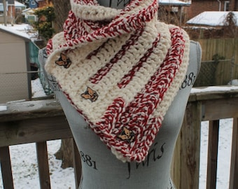 Red and White Three Buttoned Cowl with Fox Buttons