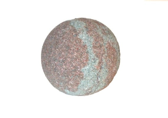 BERRY BERRY VANILLA  Bath Bomb - With Organic Madagascar Vanilla Beans, Cocoa Butter & Sunflower Oil - / Vegan / Bath Fizzer / Blackberry