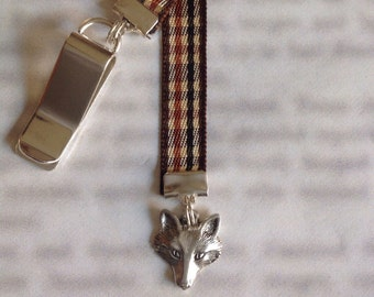 Fox bookmark with clip - Attach to book cover then mark the page with the ribbon. Never lose your bookmark!