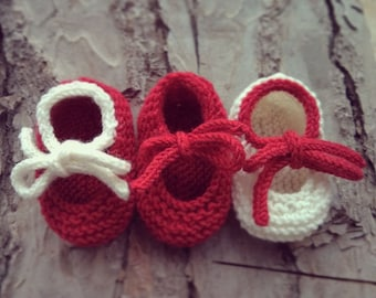 Wool baby shoes red/white