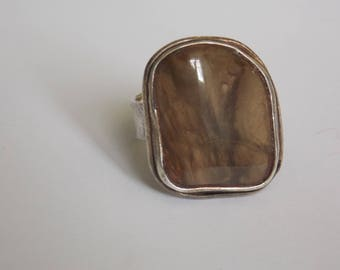 Vintage ring Stone Brown and silver of the 1970s