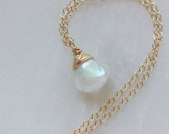 Rainbow Moonstone Necklace, Gold Filled Jewelry, 14k Gold Moonstone Necklace, Blue Moonstone Necklace, Rainbow Moonstone Jewelry
