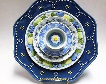 Blue Glass Plate Flower - Glass Flower Plate - Art Flowers - Glass Flowers - Dish Flowers - Kitchen Decor - Living Room Decor - Home Decor