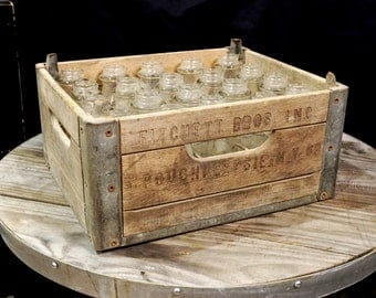 Beverage crate etsy for Decorating with milk crates