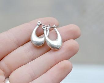 Modern Sterling Silver Long Oval Hollow Hoop Earrings