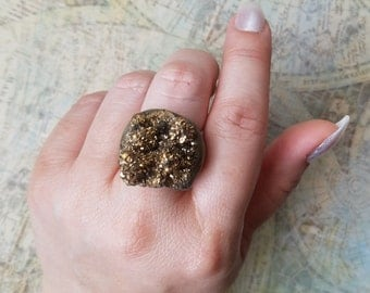 Gold Druzy Ring, Geode Statement Ring, Large Gold Ring, Gold Druzy Jewelry, Gold Geode Ring, Birthday Gift, Christmas Gift, Large Rings