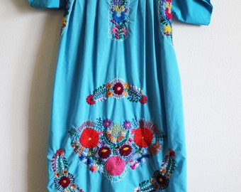 Embroidered Mexican dress Caftan boho hippie medium/large brights traditional floral aqua turquoise blue Frida Kahlo