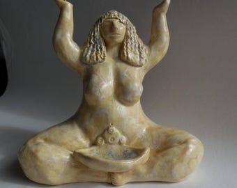 Opalescent goddess