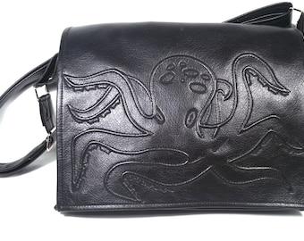 Black octopus bag, tentacle bag, faux leather, octopus bag, crossbody bag, messenger bag, vegan bag, shoulder bag, purse, octopus tentacle