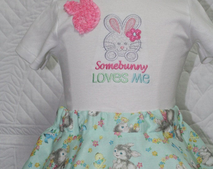 Girl Easter outfit,Baby Girl Easter outfit,Easter bunny skirt,Easter dress,Vintage bunny,Somebunny loves me,Easter bodysuit,Easter headband