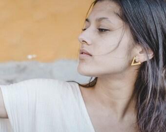 Crystal stud earrings, Crystal earrings, crystal quartz stud Earrings, crystal Gemstone earrings, crystal quartz jewelry, gold triangle stud
