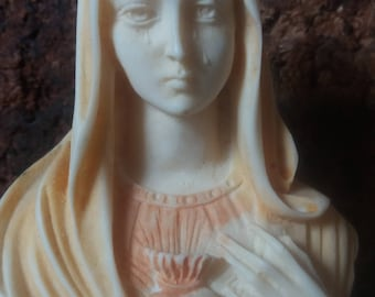 virgin Mary mother of jesus weeping statue