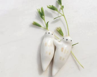 Miniature Ceramic Otter Couple Totem - Set of Two, Miniature Otter Couple, Otter Figurine, Terrarium Figurine, Animal Totem, Sea Otter Totem