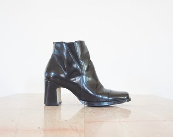 90s Black Patent Leather Stacked Heel Ankle Boots / Women's Size 6 US - 36/37 Eur - 4 UK
