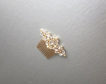 Bridal comb, Pearl and crystal bridal hair comb in gold, silver or rose gold, Rhinestone and pearl comb, Bridal Swarovski crystal hair comb