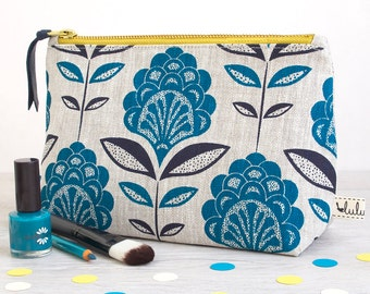 Large make up bag with peacock flower print