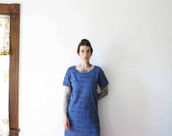 70s vintage dress// revived and dyed fish print cotton blue short sleeve maxi dress// small medium