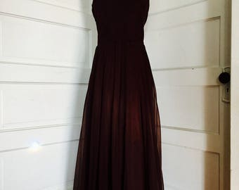 1970's Vintage Womens Long Chocolate Brown Pleated Flowing Halter Chiffon Dress Medium Large