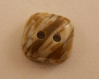 BUTTONS: Brown marbled buttons, 7/16 and 1/2 inch sizes. Vintage. Set of 12 buttons.