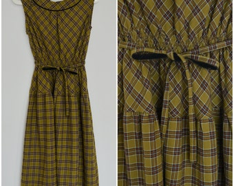 1940 Vintage Dress/ Goldilocks Dress/ Small Dress/ Medium Dress/ Japanese Vintage/ Plaid Dress/ Sleeveless Dress/ Preppy Dress/ Moss Green