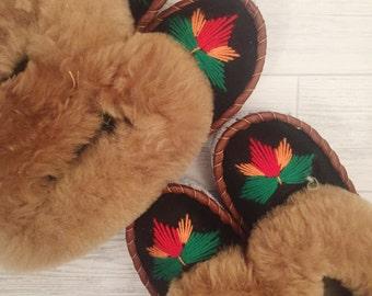 Beige sheepskin slippers
