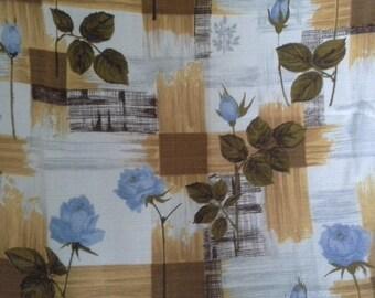 Very pretty vintage rose barkcloth curtains/fabric