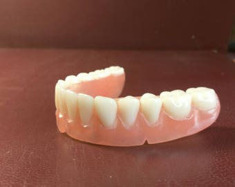 Ultra full denture semi rigid, as display