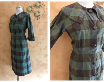 Vintage 1950s Green and Brown Plaid Print Cotton Dress - size S/M