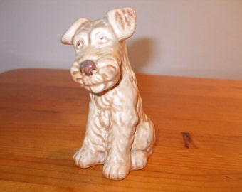 Sylvac Terrier - Fox Terrier dog figurine - happy - smiling